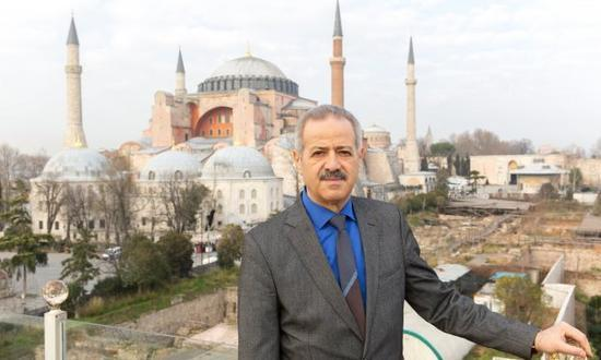 从宇航员到难民:流亡中的叙利亚太空第一人