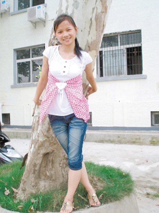 98年洪灾中抱树获救7岁女孩成为铁警2014.9.16 - fpdlgswmx - fpdlgswmx的博客
