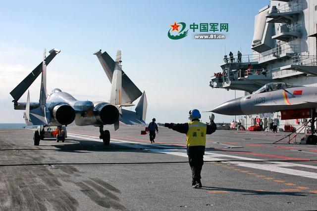 少将:中国能同时造2艘航母 弹射技术已无瓶颈