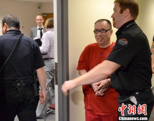 图为当地时间2011年7月20日下午,加拿大移民暨难民局对赖昌星进行聆讯。中新社发 黄运荣 摄