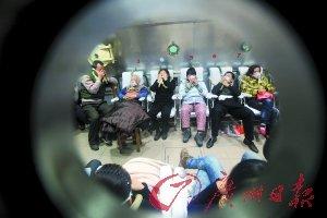 河北邢台一小学10名学生煤气中毒 致3人死亡