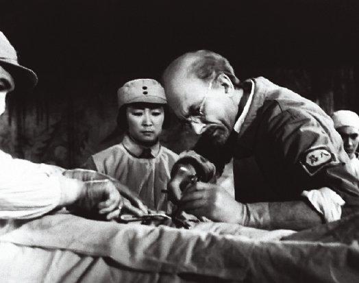电影《白求恩大夫》