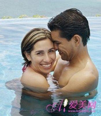 婚姻情感:恋爱专家传授 表达爱的4种肢体语言