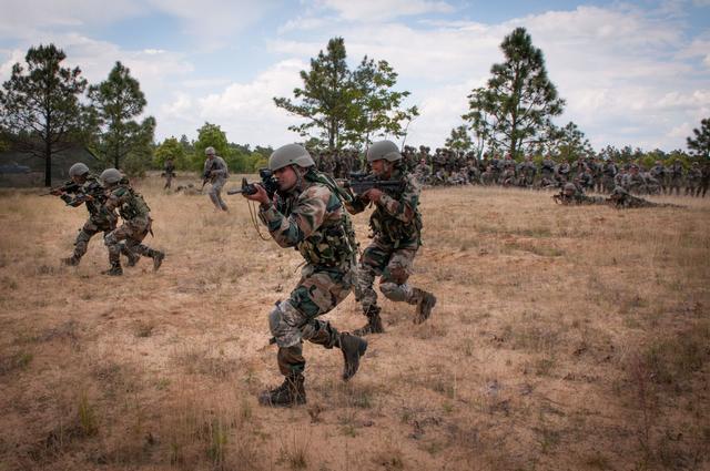 印度大吉岭骚乱持续近两月未平息