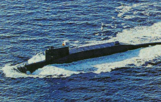 专家:中国新战略核潜艇若服役必然会载弹巡航