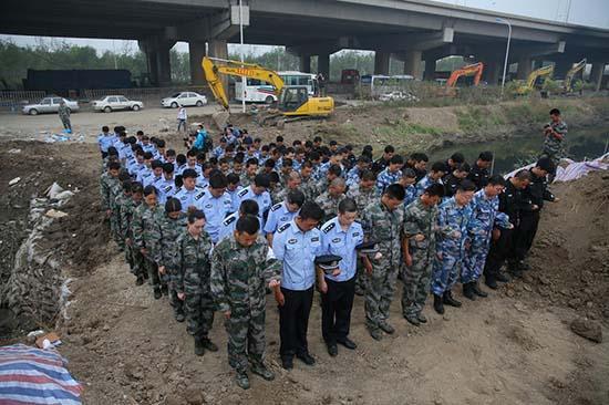 天津爆炸涉事公司瑞海公司董事长等人被控制