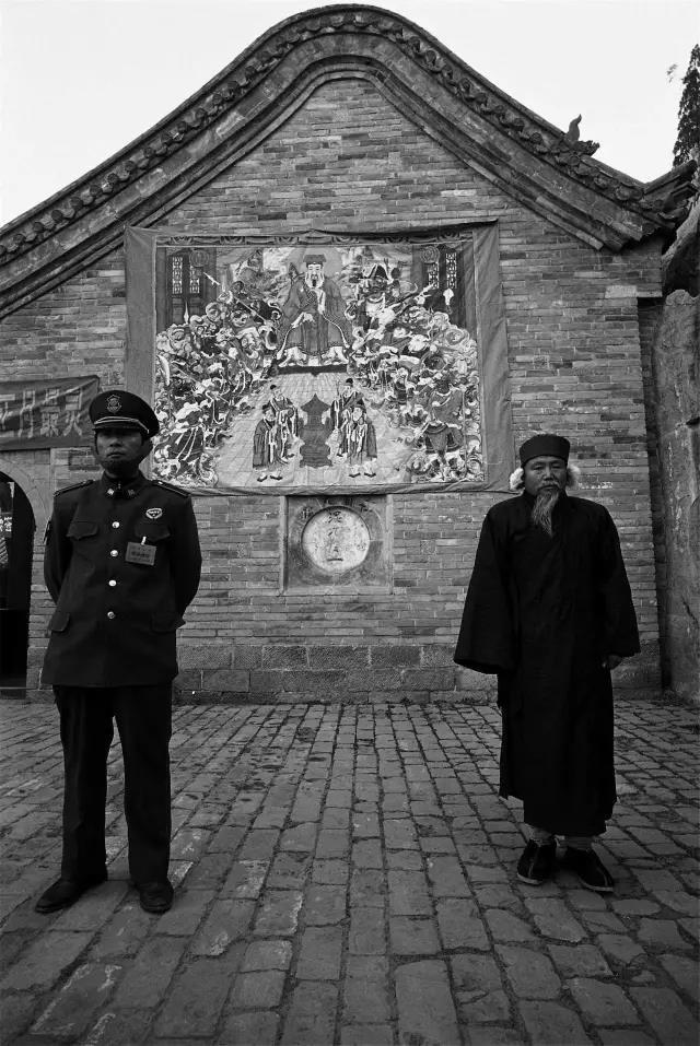 2004年2月7日,河南省浚县。在大�缮铰雷娑辞暗谋0埠偷朗俊�