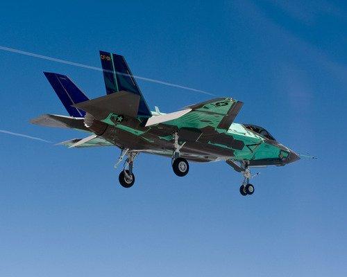 日媒称即使引进F-35也无法探测中国隐形战机