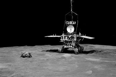 揭秘嫦娥三号:四条腿着陆 六个轮子巡视勘察