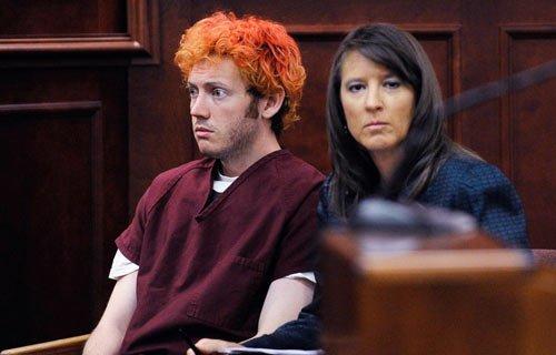 美国丹佛枪击案嫌犯二次出庭 面临142项指控