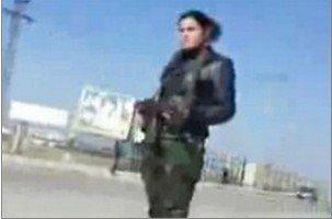 """叙利亚出现忠于巴沙尔的女性武装""""国防母狮"""""""