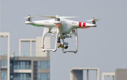 港媒称中国学生研发小型无人机 销量占全球一半