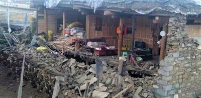 四川康定发生6.3级地震,震源深度18公里,成都等地震感强