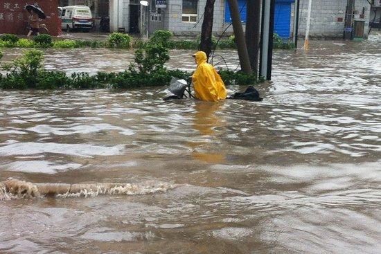 天津普降大到暴雨局地大暴雨 降水将持续至26日