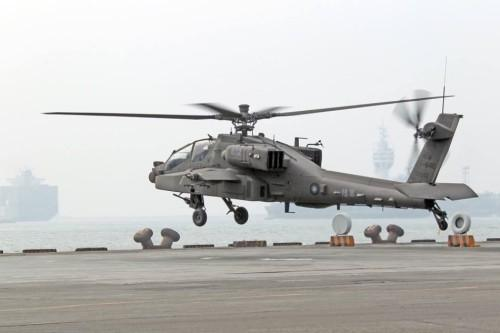 资料图:台军阿帕奇武装直升机高清图片