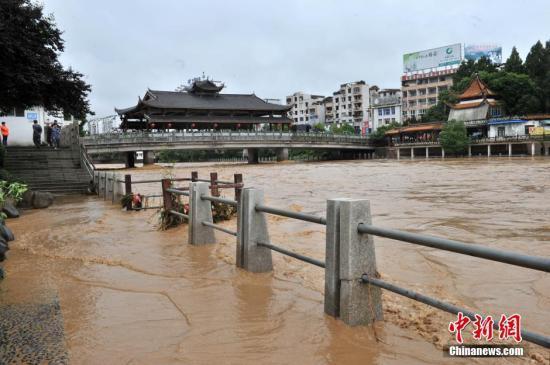 民政部:强降雨致江南华南西南等地 76 人死亡和失踪