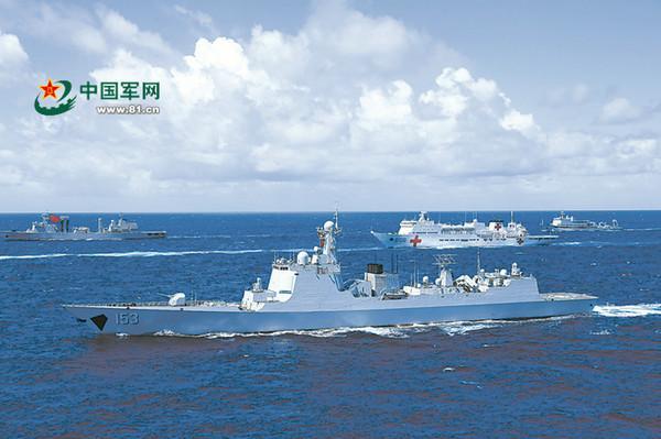 中国战舰东海遇外国飞机接近 官兵用流利英语警告