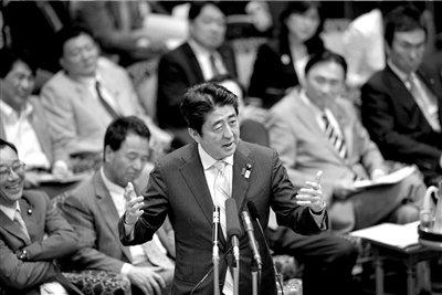 """安倍否认日同意搁置钓鱼岛议题 称中国""""说谎"""""""