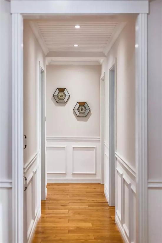 145�O简美四居室 大门边来个鞋帽间好看又实用