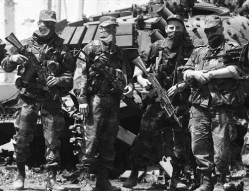 部队射击黑白手绘图