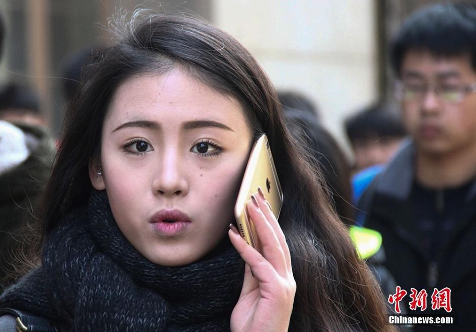 南京艺考报名 考生帅气靓丽吸引眼球2015.1.21 - fpdlgswmx - fpdlgswmx的博客