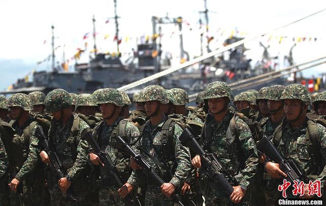 """菲方为应对南海举动将开展""""经济战""""?外交部回应"""