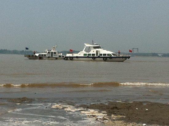 安徽铜陵高校学生群体性溺水 已致5人遇难