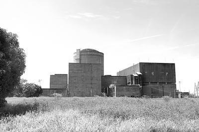 圆柱型建筑内为核反应堆.付志刚摄