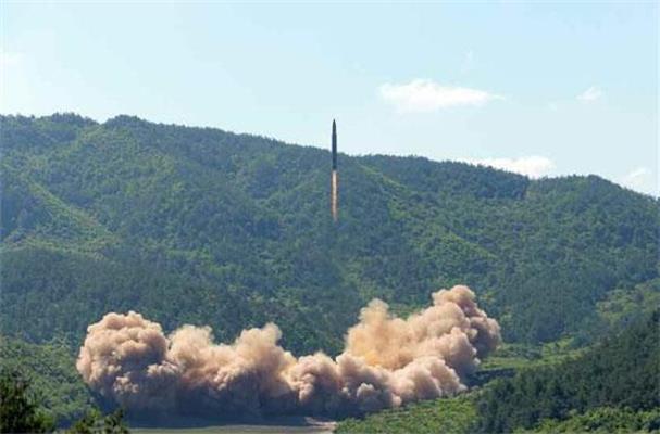 """美韩军方:朝鲜有可能在27日再次试射""""洲际弹道导弹"""""""