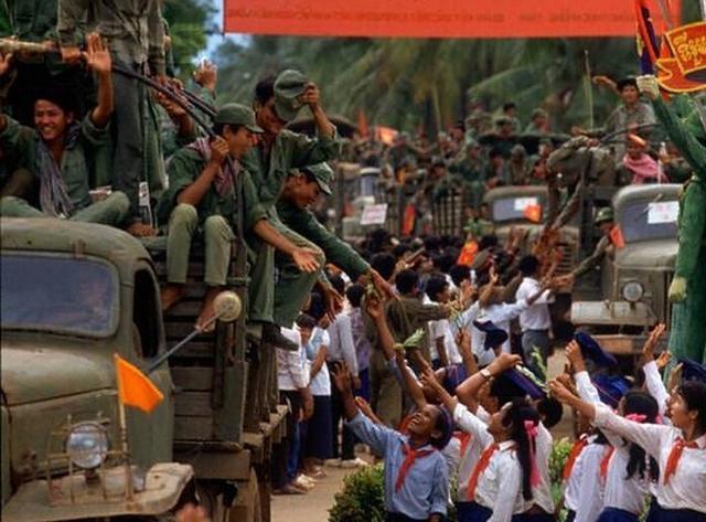 越南网民批柬埔寨南海立场 柬首相:柬不是越傀儡