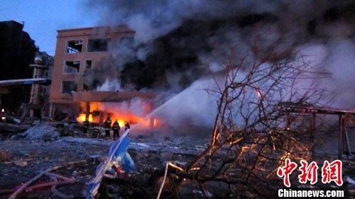 吉林市天然气泄漏引发爆炸 建筑受损(组图)