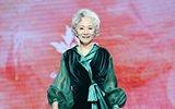 北京70岁模特拍上百支广告 凌晨3点还在工作