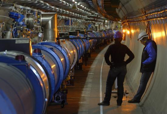 中国将建世界最大粒子对撞机 全长达52公里