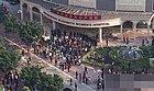 广州近百人打砸妇产医院