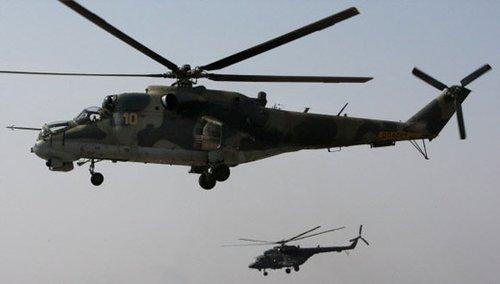米-25型武装直升机(前)