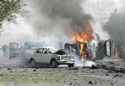 阿富汗喀布尔发生自杀爆炸袭击 已致18人死10人伤