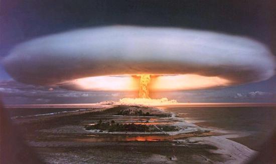 """日本即将重启""""战争之门"""""""
