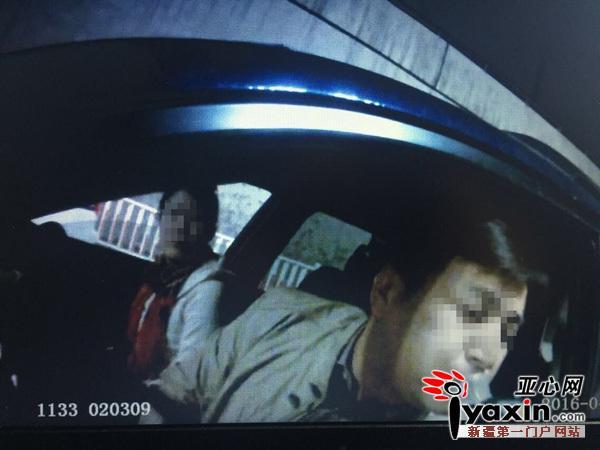 男子酒驾被查处 醉酒朋友继续开又被查(图)