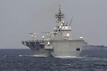 资料图片:日本自卫队观舰式。