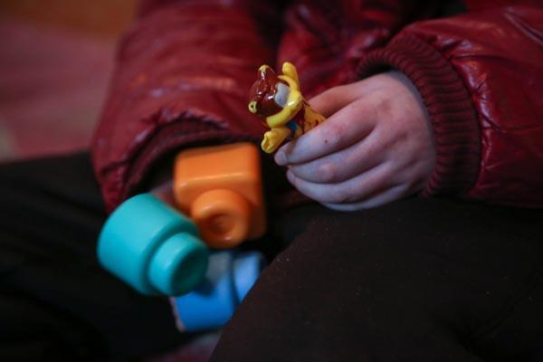 山东男童接种疫苗后瘫痪 政府补偿10万不准上访