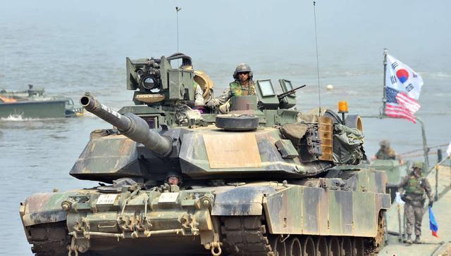 """美韩在""""三八线""""附近实施综合火力演习制衡朝鲜"""