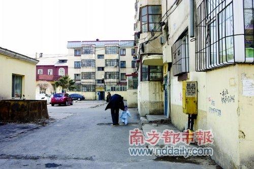 哈尔滨亚麻厂大爆炸后幸存的纺织姑娘