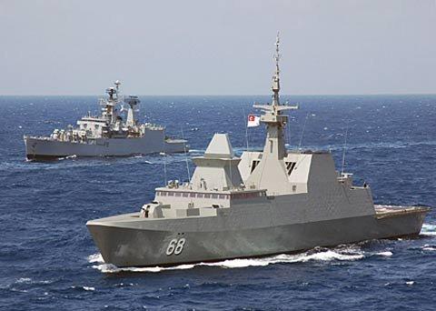 俄媒:印度海军将访问越南 有意派舰常驻南海