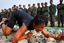 路透年度图片:台湾女兵