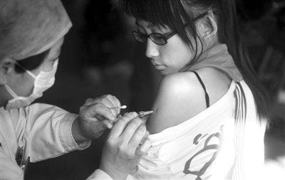 禽流感H7N9首现人感染 上海安徽2人死亡1人危重