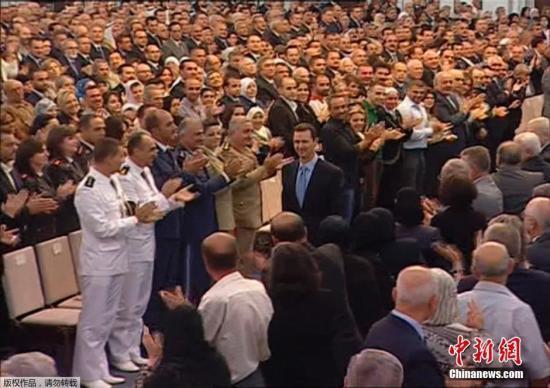 巴沙尔宣誓连任叙利亚总统 叙内战前景难以预料
