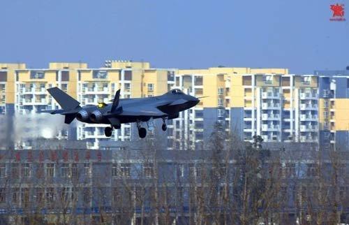 俄媒:歼20只能算4代半战机 发动机不合格