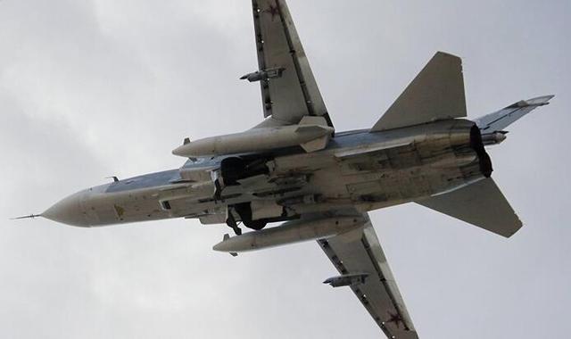 俄苏24战机1名飞行员落入叙反对派手中