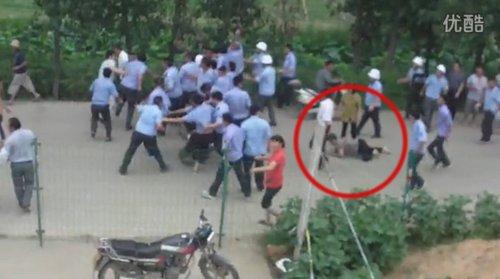 网曝连云港城管暴打村民 城管局已展开调查(图)