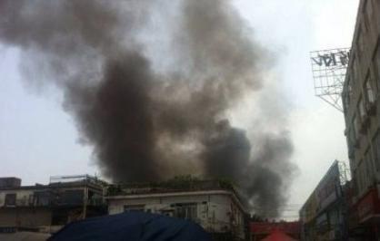 广州鹅掌坦路发生爆炸 目击者称现场有烧焦残肢
